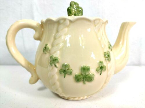 Celtic Collection Possible Dreams Shamrock Teapot Cream and Green