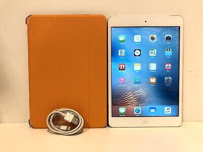 Apple iPad mini 1st Generation. 16GB, Wi-Fi, 7.9 in - Silver - BAD HEADPHONE