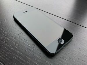 Unlocked iphone5 16GB with charger