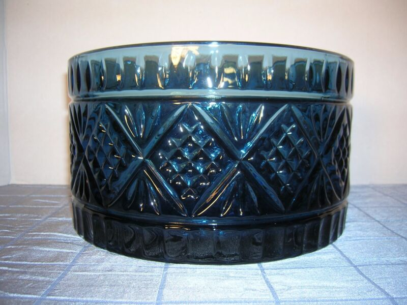 VINTAGE DARK BLUE PRESSED GLASS BOWL (B6)