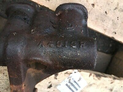 Used John Deere A4013r Brkt Brake Clutch Housing Holder W Grease