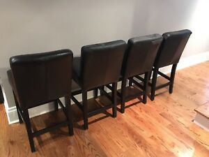 4 black counter stools
