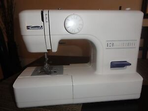 Kenmore sewing machine model 385 19106 excellent condition for Machine a coudre kenmore modele 385
