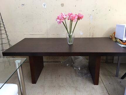 Dining Table 8 To 10 Seater 35000 Osborne Park