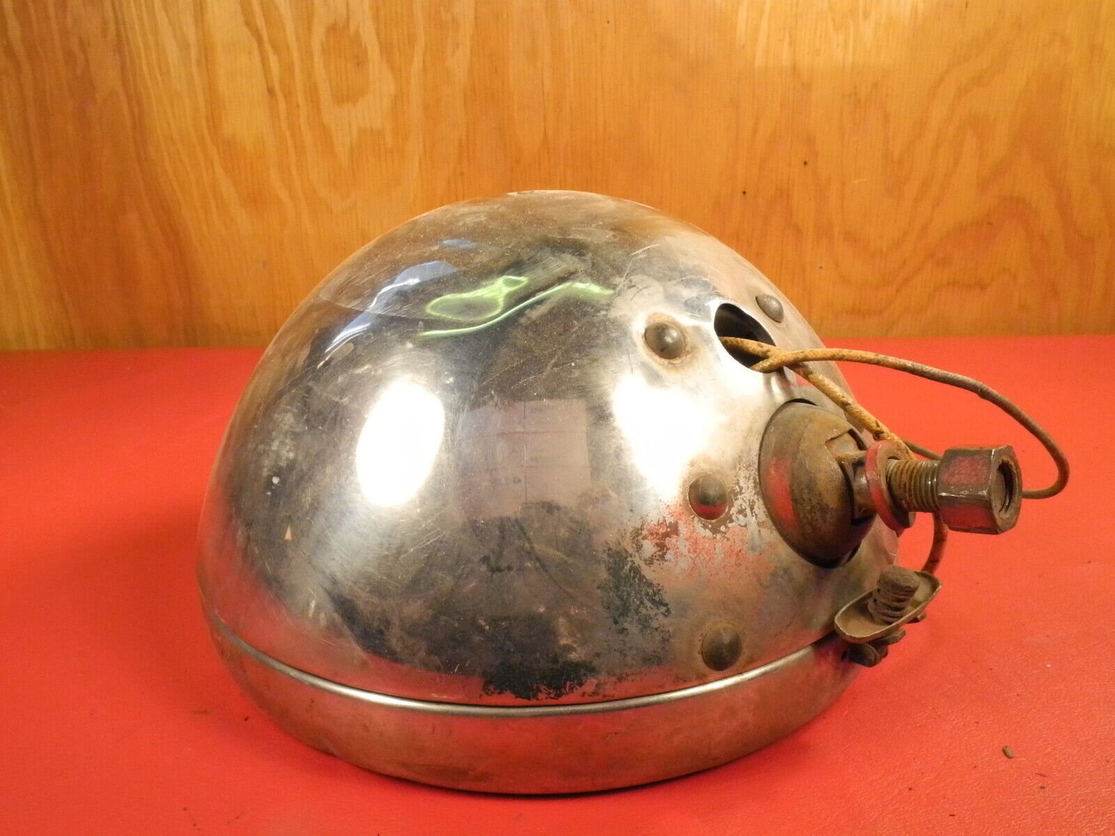 1930 1931 1932 1933 Ford Twolite headlight bucket with rare sealed beam Kit