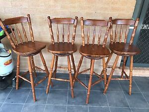 Bar stools x4 Macquarie Links Campbelltown Area Preview