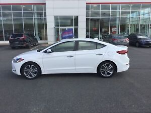 2017 Hyundai Elantra Limited HEATED LEATHER SEATS; NAVI; BU C...