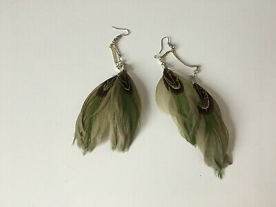 Vintage Indian Duel Feathered Earrings In Green for sale  Shipping to South Africa
