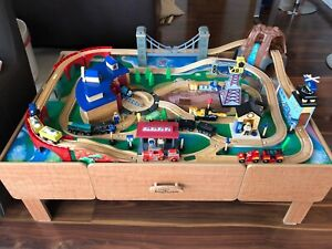 Imaginarium Roadhouse Train Set and Table