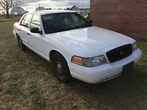 2009 Crown Victoria ! $2300 Tax Included In Your Name!!!!