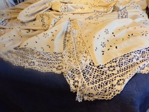 Tablecloth Antique in Shantung (Linen & Silk) 100in x 100in