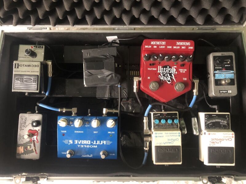 Guitar Pedal Board, With Case, Power, 7 Pedals: DD5, Jekyll & Hyde, Tuner, ZVEX