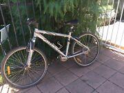 "17"" hybrid bike gender neutral frame Sunbury Hume Area Preview"