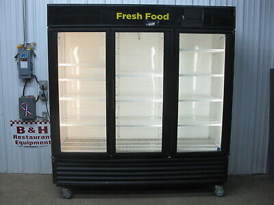 True Gdm-72 Glass 3 Three Door Merchandiser Reach In Refrigerator Cooler