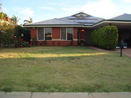 3x1 Fully furnished duplex style house, Marangaroo, available now Marangaroo Wanneroo Area Preview