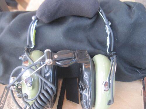 DAVID CLARK HEADPHONES   MODEL: H10-76       NSN: 5965013909240