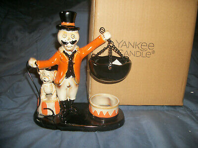 Yankee Candle 2019 Boney Bunch Halloween Tart Warmer Ringmaster NIB