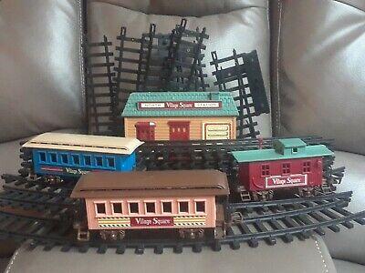 Vintage Village square Christmas edition train set. 20 parts. Pristine condition