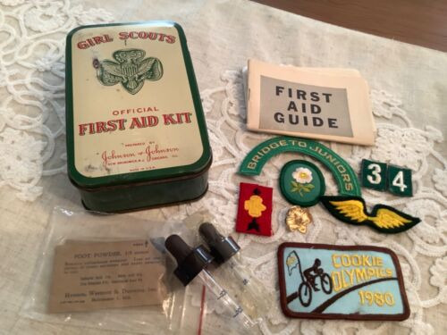 Vintage Girl Scouts First Aid Kit Tin Container Johnson USA w Patches