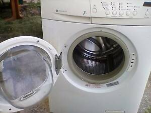 WASHING MACHINE ELECTROLUX 7KG ECO  FRONT LOADER Coorparoo Brisbane South East Preview