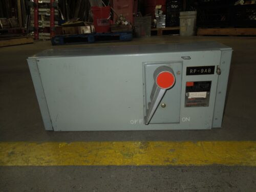 Fpe Qmqb2032r 200a 3p 240v Single Fusible Switch Unit Used