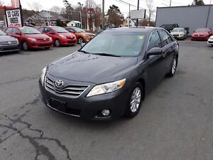 2011 Toyota Camry XLE ONLY 32K!! Leather, Roof, Loaded ($85 w...