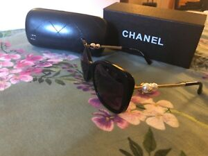 chanel  5339H black sunglasses with pearl , polarised