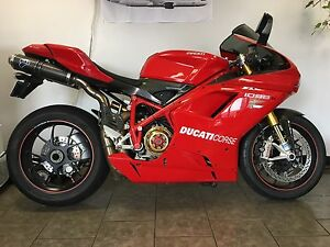 Beautiful 1098S Lots of performance parts