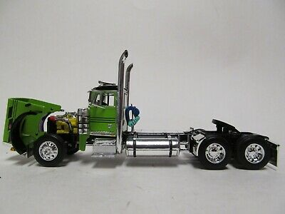 DCP 1/64 SCALE 379 PETERBILT DAY CAB LIME GREEN & BLACK  DUAL CHROME STACKS 3