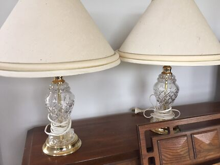 3 crystal table lamps