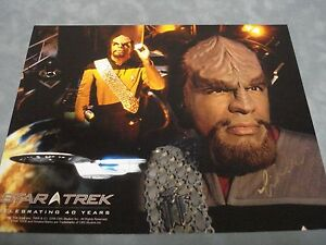AUTHENTIC-STAR-TREK-INSURRECTION-MICHAEL-DORN-SIGNED-PHOTO-COA