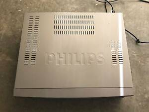 Philips VHS Player (MODEL: VR788/75) City Beach Cambridge Area Preview
