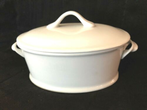 """BIA  Covered Oval Casserole 9"""" White Scroll Handles NICE"""