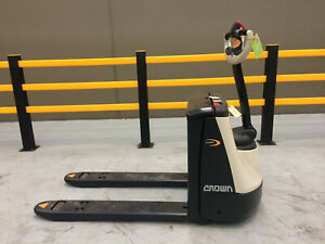 Crown Misc WP Series Pallet Jack Welshpool Canning Area Preview