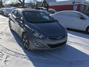 2016 Elantra - 6 speed, heated seats, sunroof, reverse camera