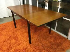 Stunning Retro Vintage Parker-Eames Style Dining Table - Can Del