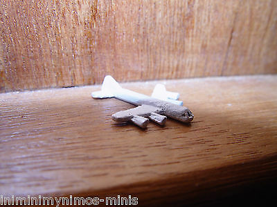 DOLL HOUSE 12th SCALE 'HAND PAINTED' TOY AEROPLANE !! BUY NOW & DON'T MISS OUT