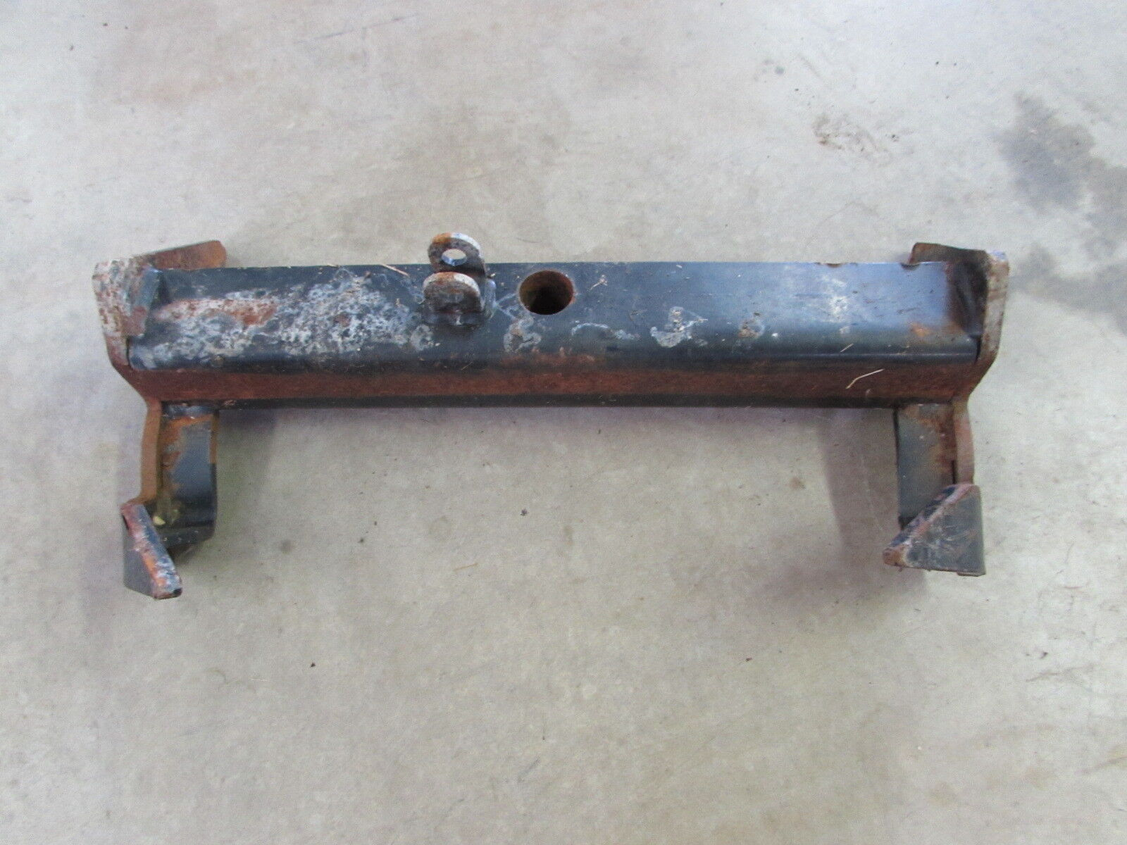 Buy Used Snow Plows And Related Parts From Top Rated Salvage Yards Meyers Plow Meyer Ag Ez Xpress Stand Clevis 19180