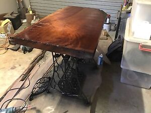 Singer sewing machine table Beresfield Newcastle Area Preview