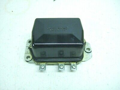 Nos Delco Remy 1119251 Voltage Regulator-6 Volt Positive-john Deere Ah12404