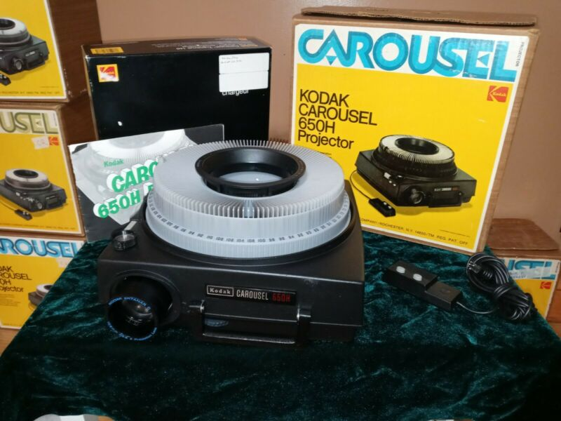 SERVICED Kodak 650H Carousel Slide Projector - NEW PARTS - READY TO USE - C4