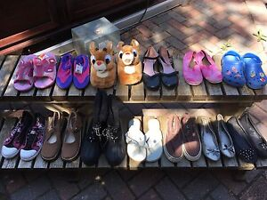 Size 3 - girls shoes