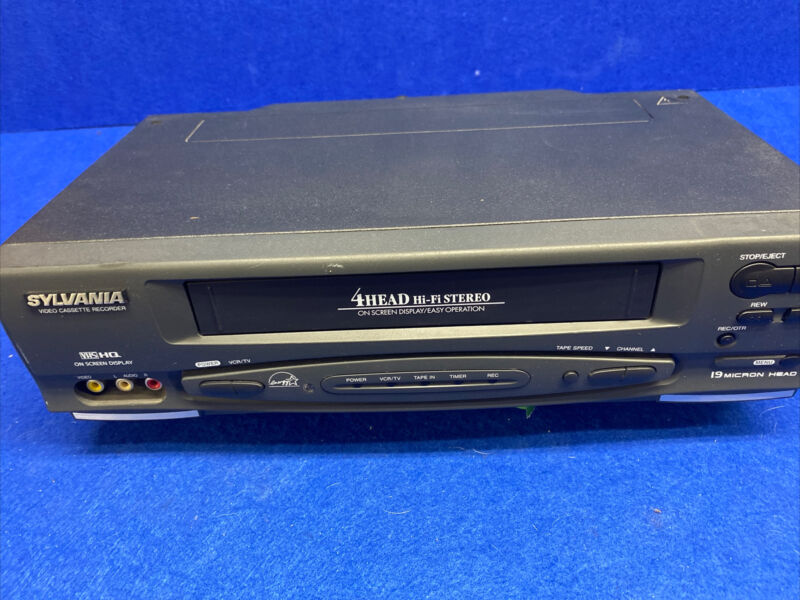 Sylvania SSV6001 VHS Player VCR 4 Head HiFi  - No Remote