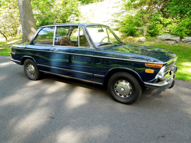 BMW : 2002 2002 FANTASTIC DRIVER - needs nothing BMW 2002 - 4 speed - classic blue with black