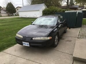 2000 Oldsmobile Intrigue / Black / 226,000 KM