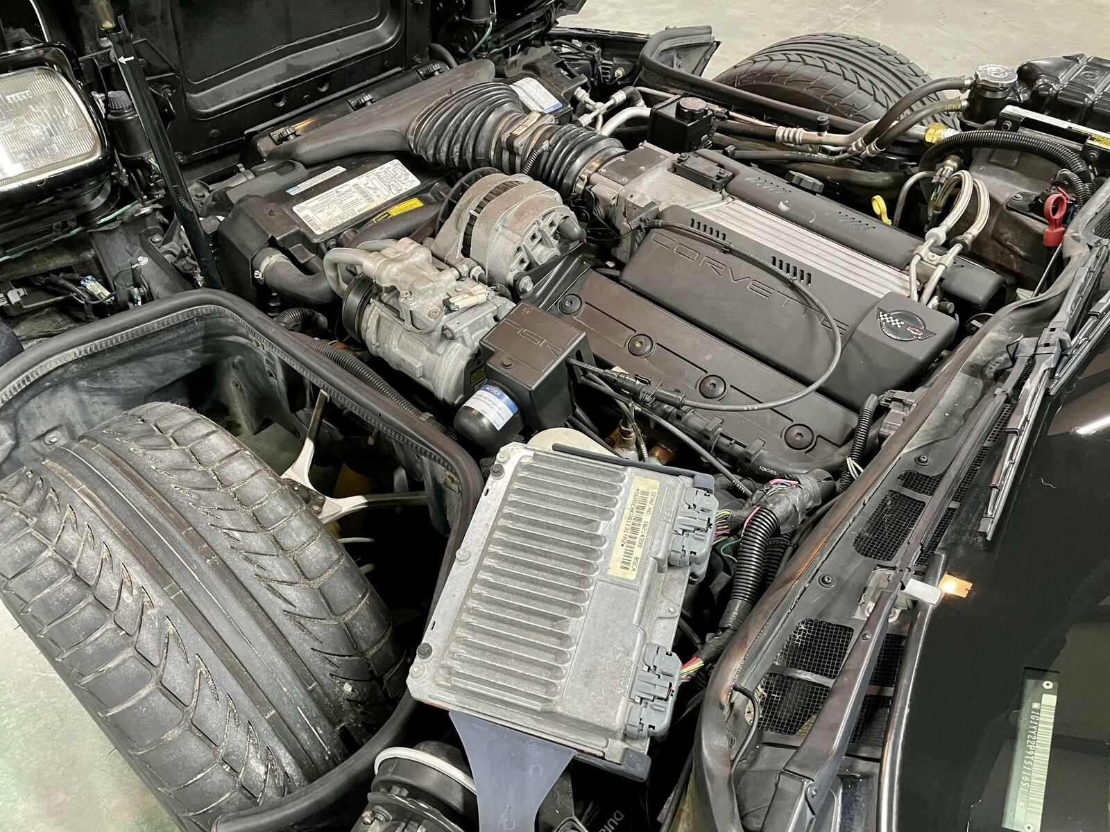 1996 Black Chevrolet Corvette     C4 Corvette Photo 9