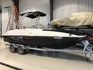 2015 Bayliner 215 DB Deck Boat