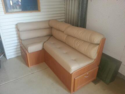 Caravan leather lounge/dining