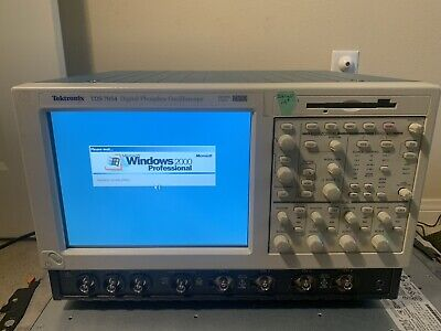 Tektronix Tds7054 Digital Oscilloscope 500 Mhz 4 Channels 5 Gss