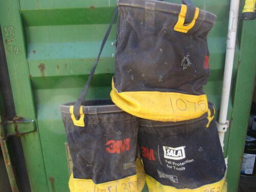 3M DBI SALA Model# 1500134 100 Lbs rated SafeBucket canvas wall bucket w/clip